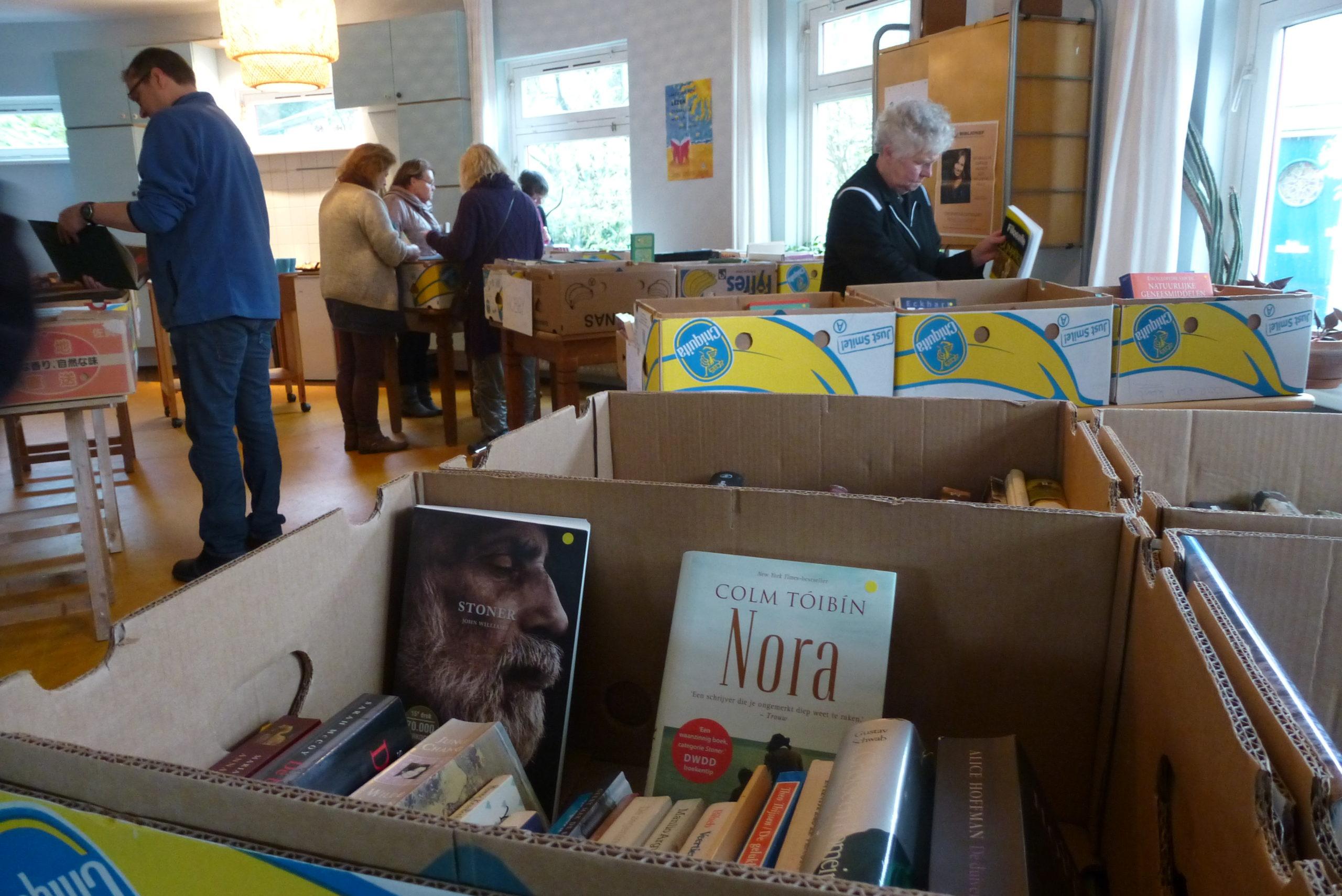 Boekenmarktje Huis ter Heide: veel boeken en zelfgemaakte taarten