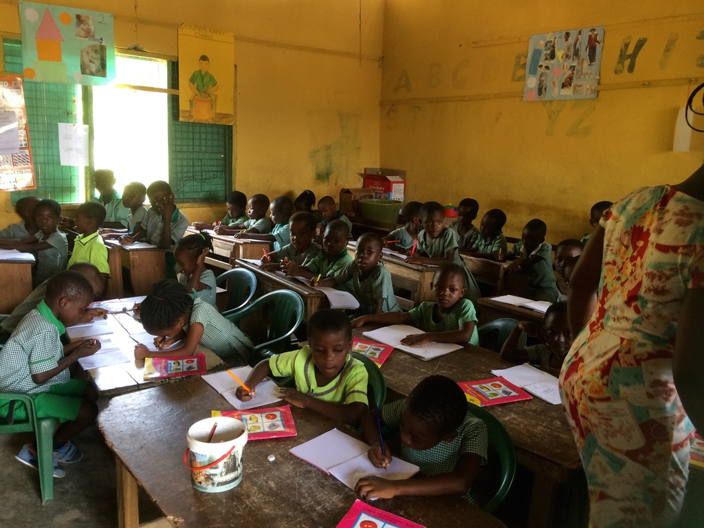 Opening nieuwe bibliotheken Ghana